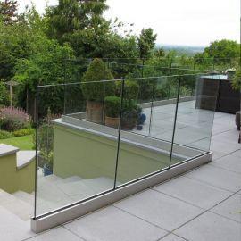 balustrada-balkonowa-szklana